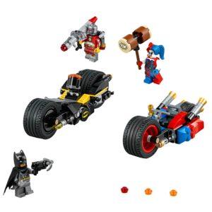 LEGO DC Comics Super Heroes Batman: Gotham City Cycle Chase (76053) Reviews